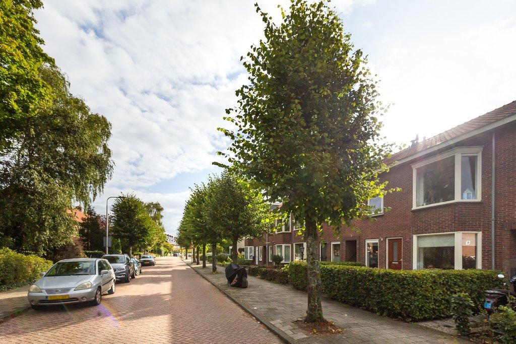 Julianastraat 28